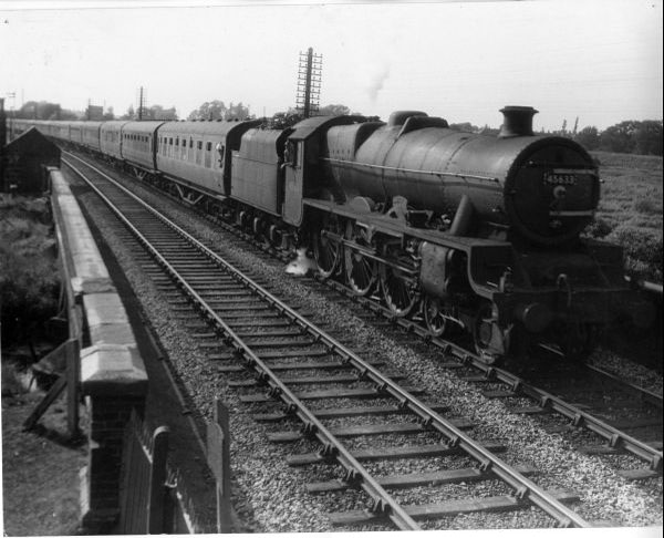 45633 approches Bescot from Wolverhampton direction 1959